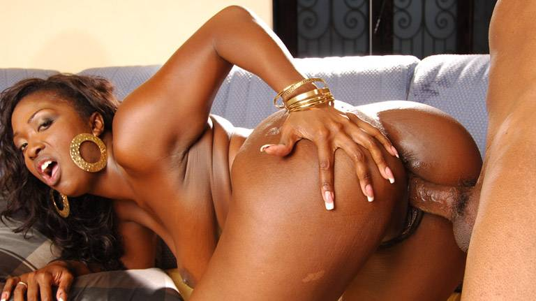 See ebony Aryana Starr fucked by black cock