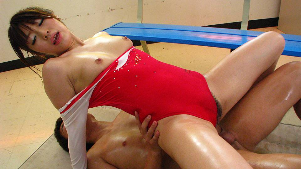 Gymnast Aoyama Arisa fucked so much in pussy